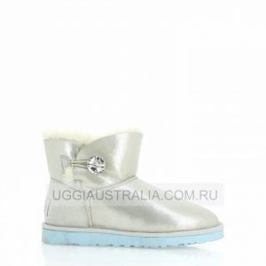 UGG Mini Bailey Button I Do